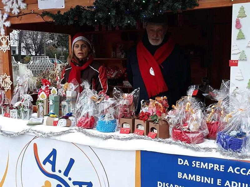 AIAS Padova Mercatini di Natale dicembre 2019 Abano Terme PD volontari